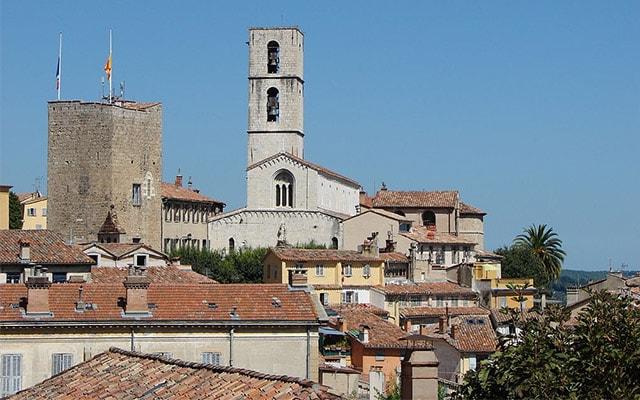 Voir les pizzerias à Grasse (06130)